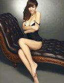 韩美娜浑圆诱人的丰满迷人身材