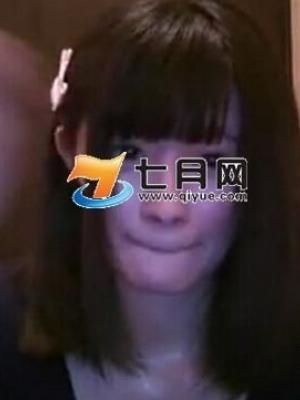 日本美女主播直播忘关摄像头擦身秀乳沟视频在线观看