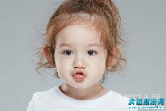 女宝宝多大可以留长发 给宝宝洗头发的正确方法是什么