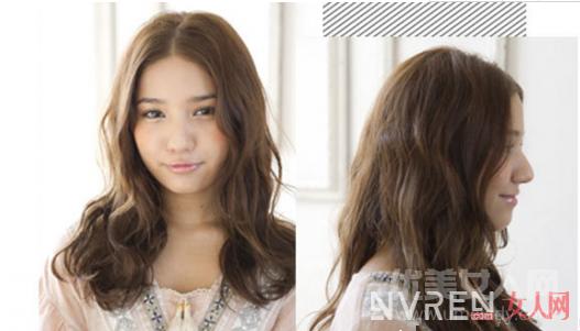 今年最火发型--中长微卷发,微卷弧度增添了女人浪漫感!