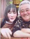 赵本山女儿与闺蜜一起合作拍视频 火辣身材引瞩目