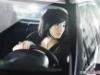 女星桂纶镁伴名车上演时尚气质